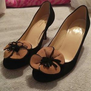 Kate Spade Black Suede Heels Brown Flower Sz 7B